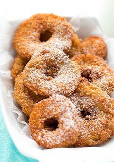 Honey and cardamom cake - HQ Recipes Honey Recipes, Low Carb Recipes, Fried Apple Rings, Fried Cheesecake, Cardamom Cake, Salty Cake, Breakfast Items, Dessert Recipes, Desserts
