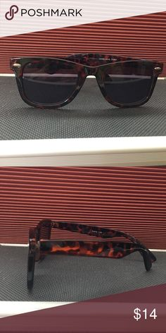 Wayfarer style sunglass readers. +1.50. Wayfarer style sunglass readers. +1.50. Gray lenses. Stay cool looking, no one will know your secret. No more squinting!  Get ready for your long lazy days reading on the beach or poolside. Accessories Sunglasses