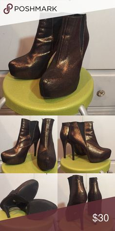Rock & Republic gold metallic booties! Super cute and comfortable booties by Rock and Republic! Only worn once, in pristine condition. They have a hidden platform, and are a gorgeous, gorgeous gold metallic color, perfect for a night out! They are size 10, but run slightly smaller (perfect for size 9-9.5 with socks on). Rock & Republic Shoes Ankle Boots & Booties