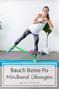 ᐅ 12 mini band exercises for effective abdominal legs butt training - Would you like to start with a mini band workout? You will love these mini band exercises for stoma - Cardio Workout At Home, Butt Workout, At Home Workouts, Fitness Workouts, Exercise Workouts, Exercise Equipment, Workout Routines, Mini Band Exercises, Gym For Beginners