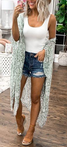 35 Popular Women Summer Outfits You Will Love - VivieHome