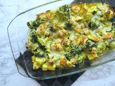 Easy broccoli casserole (low in carbohydrate) recipes Easy broccoli casserole (low in carbohydrate) Source link Vegetarian Breakfast Recipes, Good Healthy Recipes, Healthy Snacks, Healthy Nutrition, Easy Recipes, Healthy Eating, Easy Broccoli Casserole, Healthy Diners, Lchf