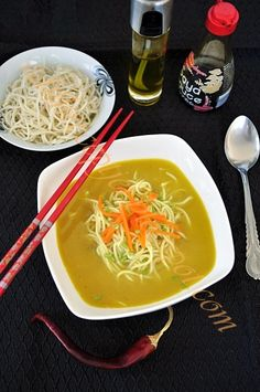Ceviche, Junk Food, Chow Mein, Thai Red Curry, Ramen, Recipies, Soup, Baking, Ethnic Recipes
