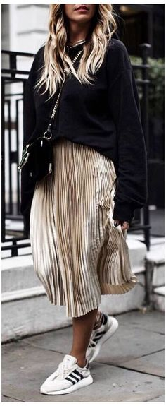 Winter Skirt Outfit, Cute Winter Outfits, Winter Fashion Outfits, Fall Outfits, Casual Outfits, Fashion Weeks, Dress Winter, Fashion Mode, Skirt Fashion