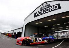 Carl Edwards  (NASCAR Images). Like the paint scheme!