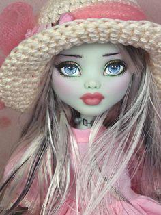 Olivia OOAK Monster High Frankie Stein Custom Repaint by Ellen | eBay