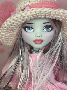 Olivia - OOAK Monster High Frankie Stein custom repaint by Ellen & hat