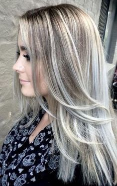 Ash blonde hair color is very popular and looks great on fair skin. Ash's blonde hair color is one of the many colors of blonde hair that she likes a lot. Blonde Hair With Silver Highlights, Silver Blonde, Hair Highlights, Highlights 2016, Platinum Highlights, Golden Blonde, Platinum Blonde, Blonde With Brown Lowlights, Silver Ash