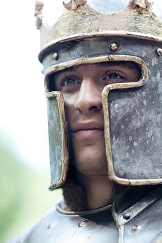 The White Queen   Max Irons as King Edward IV