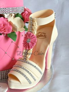 3D Cakes High Heel Shoe | Related Pictures her very first birthday with a minnie mouse themed ...