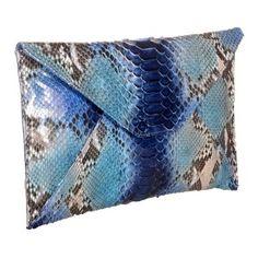 Bolso clutch de piel de serpiente autentica en tonos azules www.sanci.es Throw Pillows, Bags, Blue Nails, Handbags, Cushions, Decorative Pillows, Taschen, Purse, Decor Pillows
