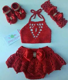 The Naomi crop top, crochet bralette in coral Crochet Baby Dress Pattern, Baby Dress Patterns, Baby Girl Crochet, Crochet Baby Clothes, Newborn Crochet, Crochet For Kids, Crochet Patterns, Artisanats Denim, Crochet Bikini
