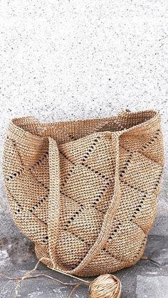 Diy Crochet, Crochet Hooks, Easy Crochet Patterns, Granny Square Bag, Creative Bag, Crochet Handbags, Crochet Projects, Knitted Bags, Straw Bag