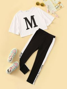 SHEIN Kiddie Girls Letter Print Tee And Contrast Side Leggings Set 2019 Summer Active Wear Short Sleeve Colorblock Suit Sets Cute Lazy Outfits, Crop Top Outfits, Sporty Outfits, Pretty Outfits, Stylish Outfits, Batman Outfits, Formal Outfits, Rock Outfits, Girls Fashion Clothes