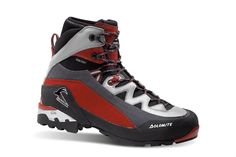 Italian made hiking boots and outdoor footwear | Dolomite