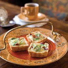 Mini-Prosciutto Arugula Quiches (Square-shaped quiches filled with prosciutto, arugula, and Swiss Cheese)