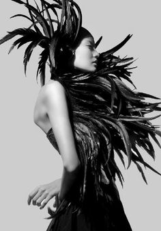 Inspiration ----- 'Conspiracy Theory' Elsa Castellon By Ivan Aguirre May 2012 Luxor, Feather Fashion, Bird Masks, Feather Art, Portraits, Black Feathers, Models, Headgear, Black And White Photography