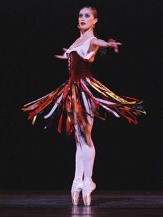 Marianela Nunez in Balanchine's Tzigane. Photo by John Ross