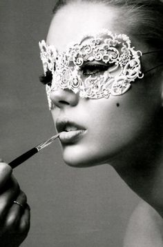 Ideia de acessórios para book sensual: mascarilha. #sensual #book #mulher