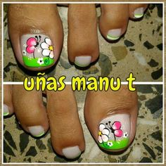 Uñas de pies Pedicure Designs, Toe Nail Designs, Nail Polish Designs, Butterfly Makeup, Cute Pedicures, Gold Glitter Nails, Nail Effects, Feet Nails, Pretty Toes