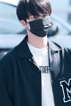 Woah Jin you look mysterious