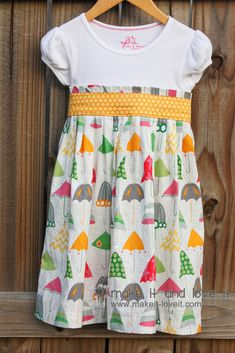 T-shirt dress with a bow in the back. For those who love to sew...no bodice or sleeve work!