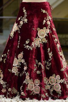 175 Exclusive Designer Custom Made Collection 21066 - Panash Couture Bridal Lehenga Online, Designer Bridal Lehenga, Indian Bridal Lehenga, Indian Bridal Outfits, Pakistani Bridal Dresses, Bridal Gowns, Raw Silk Lehenga, Red Lehenga, Lehenga Gown