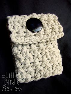 Little Birdie Secrets: crossed hdc and a free pattern