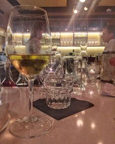 40 minute countdown to happy hour From @littleoak_bar  A wine lovers point of view from our bar. Come this weekend for a menu with brand new seasonal items. And happy hour runs 4-6 pm with $2 off all wine by-the-glass and pints! . . . : #halifax #halifaxnoise #bar #hfx #wine #vin #imbibe #downtownhalifax #hfxwaterfrontdevelopment #visitnovascotia