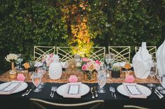 gold and RED tables-heart vases Pink Table, A Table, Tandem, Sara Sam, Parker Palm Springs, Blush Flowers, Bright Flowers, Geometric Wedding, Color Rosa