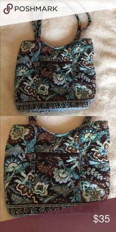 Vera Bradley tote Vera tote. Classic colors. Gently used. Still good condition. Vera Bradley Bags Totes