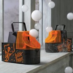 Halloween Fogger Bubble Machine. Click link for video. This thing is so cool!