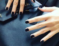 Πόσο συχνά πρέπει να βάφουμε τα νύχια μας;