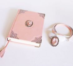 Pink set of leather notebook journal, necklace pendant Leather Notebook, Leather Journal, Diary For Girls, Leather Diary, Magical Jewelry, Handmade Books, Necklace Sizes, Journal Notebook, Leather Necklace