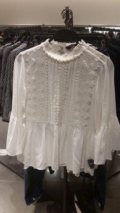 – Women's Blouse – Zara, Dundrum Dublin, Blouses For Women, Zara, Ruffle Blouse, Women's Fashion, Tops, Fashion Women, Womens Fashion