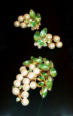 1268~Vtg Sgnd Beau Jewels Demi Faux Pearl Green Rhinestone Grapre Brooch Earring #BeauJewels