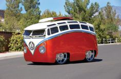 "Meet The ""Surf Seeker"": This Custom Bus Looks Like It Came Straight Out Of A…"