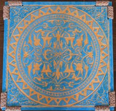 Mozaic Wall Art, gravat si pictat manual in lemn stratificat. Dimensiuni: Inaltime : 40cm ; Latime : 40cm ; Adancime : 2cm. Vedeti si Turquoise 2. woodynamics@yahoo.com Tapestry, Turquoise, Wall Art, Rugs, Stuff To Buy, Home Decor, Hanging Tapestry, Farmhouse Rugs, Tapestries