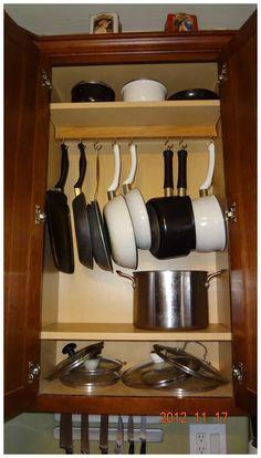 19 Trendy Kitchen Organization Diy Pots And Pans Organizing Ideas Kitchen Organizer Rack, Small Kitchen Organization, Diy Kitchen Storage, Kitchen Cabinet Design, Modern Kitchen Design, Home Decor Kitchen, Kitchen Interior, Kitchen Ideas, Organization Ideas