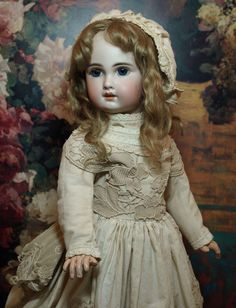 Mark: Tete Jumeau 10 This is a adorable 22 cm) antique Jumeau Bebe with a beautiful detailed bisque face having the expert painting the Jumeau Antique Dolls, Vintage Dolls, French Shoes, Feather Brows, Half Dolls, French Beauty, Doll Costume, Couture Dresses, Beautiful Dolls
