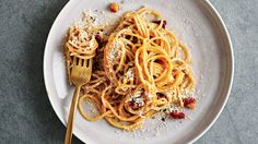 Recipe Residency: Gwyneth Paltrow's Carbonara :: Harper's BAZAAR