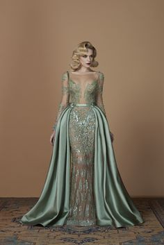 Gorgeous Evening Dresses (Page What must be paid consideration to night clothes? Girls' particular occasions, particular nights and invites additionally all the time wish to be very. Evening Dresses, Prom Dresses, Formal Dresses, Elegant Dresses, Pretty Dresses, Mode Outfits, African Dress, Beautiful Gowns, Dream Dress