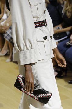 Oscar de la Renta Spring 2017 Ready-to-Wear Fashion Show Details                                                                                                                                                                                 More