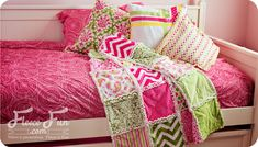Hope to try this some day How to make a rag quilt (easy beginner's guide) ♥ Fleece Fun
