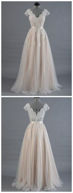 8 Great Tips For Picking The Perfect Wedding Dress. When little girls use their mathematics classes fantasizing of weddings, what do they dream of first? The perfect bridal gown, naturally: a dress in white Wedding Dresses 2018, Bridal Dresses, Prom Dresses, Dress Wedding, Trendy Dresses, Sexy Dresses, Trendy Outfits, Trendy Fashion, Illusion Dress
