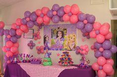 Centros de mesa de rapunzel con globos - Imagui