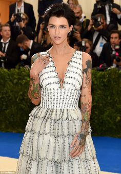 Beauty: The Melbourne-born star styled her short tresses into a voluminous do, and enhance...
