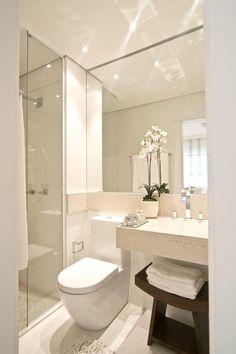 Veja como decorar um banheiro um banheiro pequeno com dicas simples e decoração estilosa.