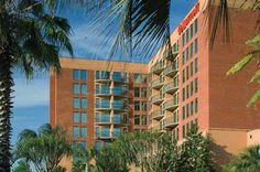 The Savannah Marriott Riverfront sits on Savannah's famed River Street with gorgeous river views! Family-friendly and great for large groups, reunions or just an intimate getaway!