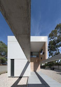 iA_house | LANDÍNEZ+REY architects [eL2Gaa]; Photo: Raúl del Valle | Archinect